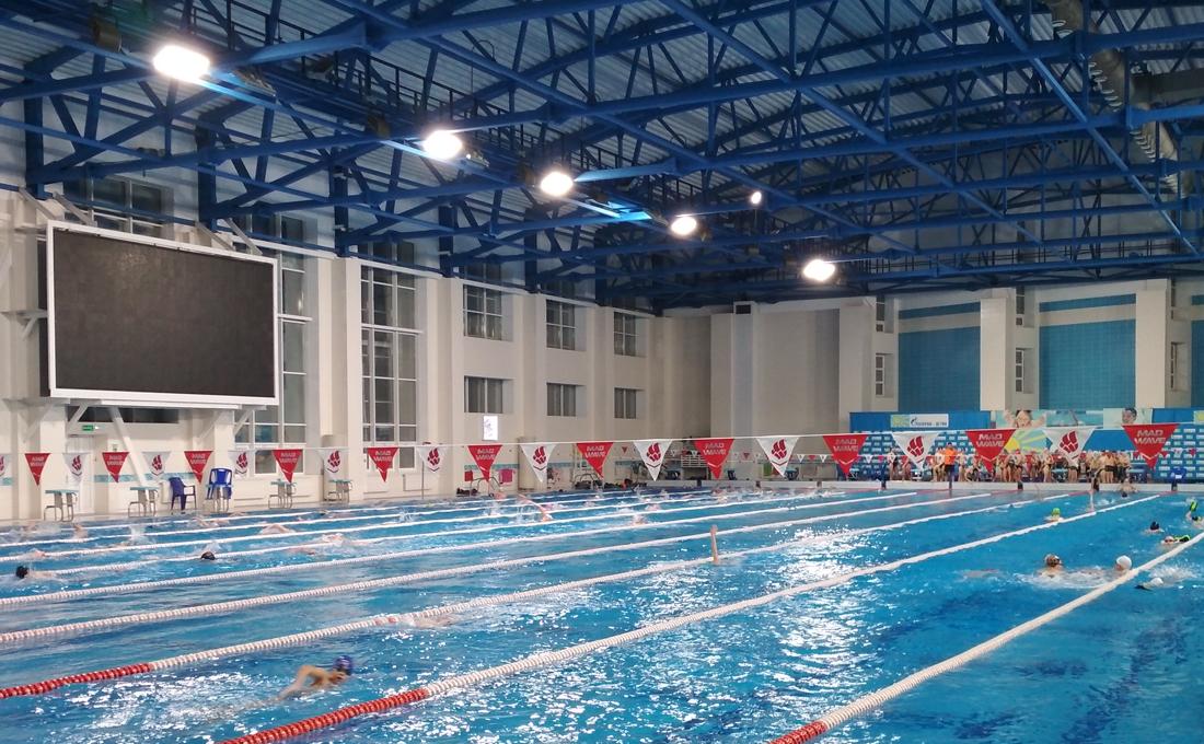 Освещение спортивных залов защищенные от попадания